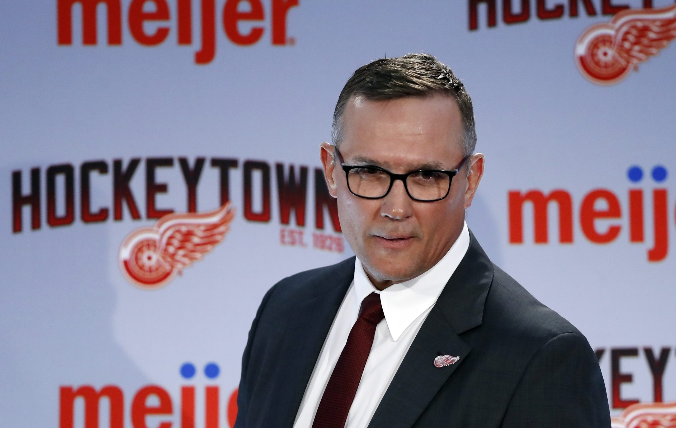 Red Wings keeping Jeff Blashill as coach, GM Steve Yzerman says